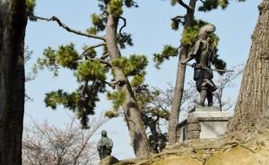 織田信長と濃姫の像