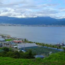 武田勝頼が生まれた諏訪湖の風景