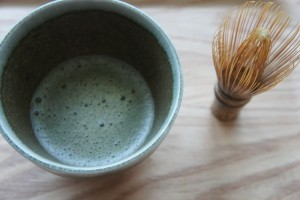 茶道で使う茶碗と茶筅