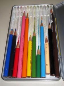 自由研究の工作で使う色鉛筆