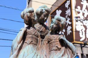 博多美人の像