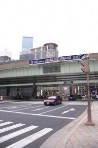 日本橋の上に架けられた首都高速