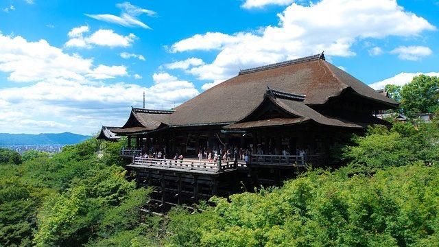 月照に縁のある清水寺