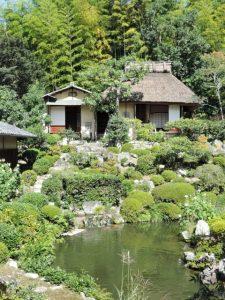 金閣寺近くにある等持院