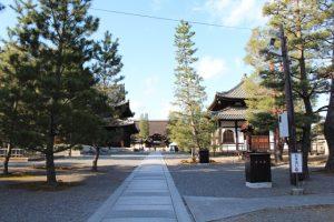 金閣寺近くの妙心寺