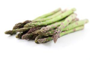 春が旬の野菜の一つアスパラガス